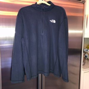 North Face Men's pull over